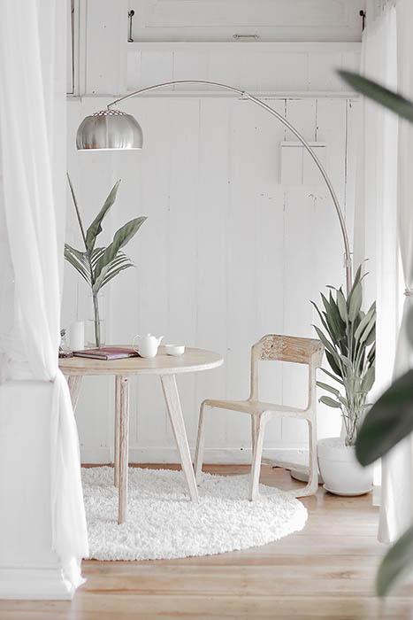 décoratrice d'intérieur_table salon et lampe