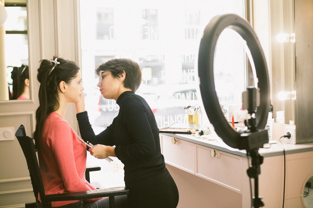 formation courte de maquillage à Lyon